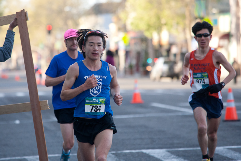 Shiniji Nakadai at the Oakland Marathon