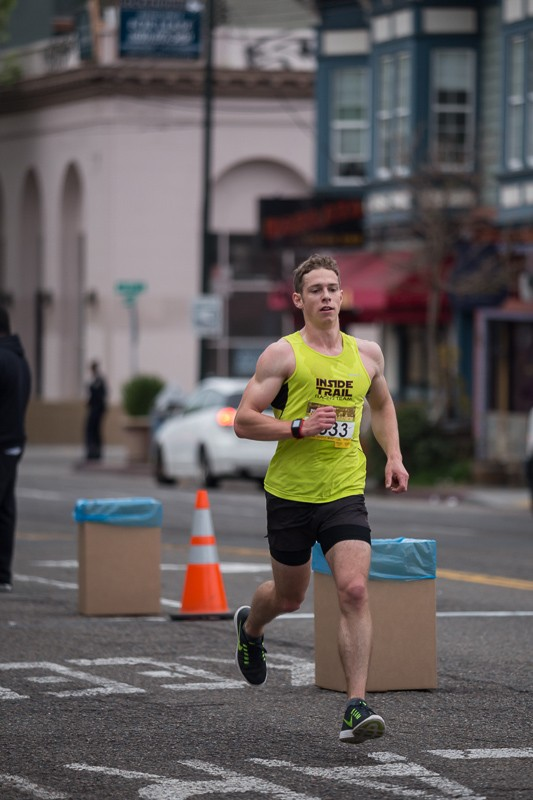 Ryan Neely, 3rd place finisher at the 2015 Oakland Marathon