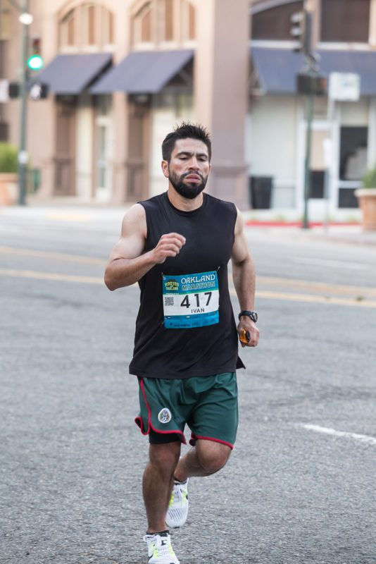 Ivan Medina at the 2017 Oakland Marathon